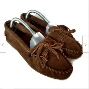 Minnetonka brown suede fringe moccasins shoes